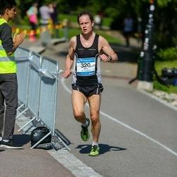 Helsinki Half Marathon - Vesa Lensu (320)