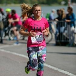 Helsinki Half Marathon - Marike Boger (738)