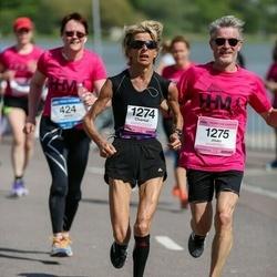Helsinki Half Marathon - Chantal Istolainen (1274), Jouko Istolainen (1275)