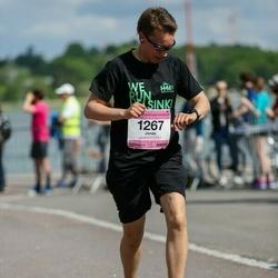 Helsinki Half Marathon - Jonas Isaksson (1267)
