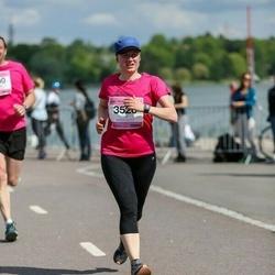 Helsinki Half Marathon - Heidi Jalonen (3520)