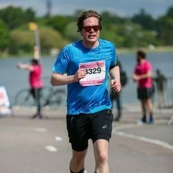 Helsinki Half Marathon - Tuomas Leinonen (3329)