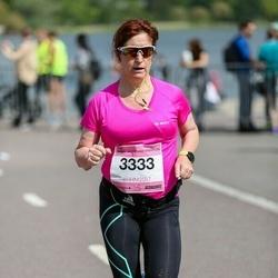 Helsinki Half Marathon - Nina Lindqvist (3333)
