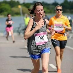 Helsinki Half Marathon - Nancy Fischer (905)
