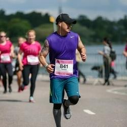 Helsinki Half Marathon - Dennis Du (841)