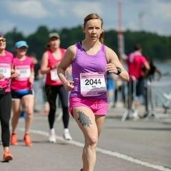 Helsinki Half Marathon - Sini Huupponen (2044)
