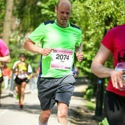 Helsinki Half Marathon - Topi Kuustie (2074)