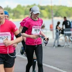 Helsinki Half Marathon - Pihla Laine (1679)
