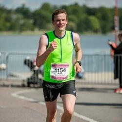 Helsinki Half Marathon - Kalle Hollmén (1154)