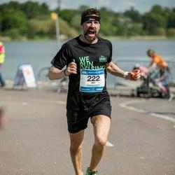 Helsinki Half Marathon - Jari Aro-Heinilä (222)