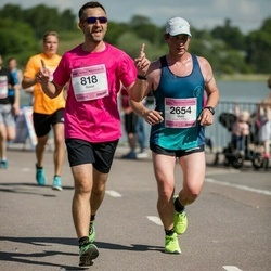 Helsinki Half Marathon - David De Benito (818), Matti Rutanen (2654)