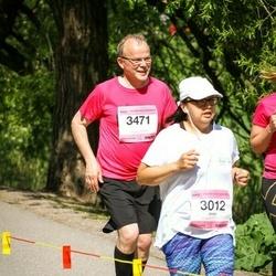 Helsinki Half Marathon - Jessi Tran (3012), Mauri Pelkonen (3471)