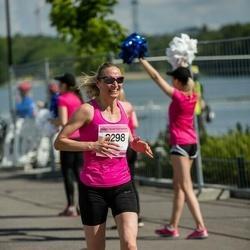 Helsinki Half Marathon - Mari Härmälä (3298)