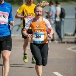 Helsinki Half Marathon - Emilia Repo (366)