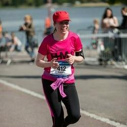 Helsinki Half Marathon - Katriina Vaittinen (412)