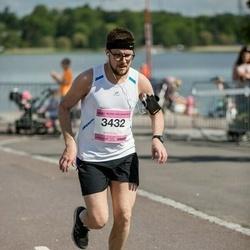 Helsinki Half Marathon - Jukka Vahti (3432)