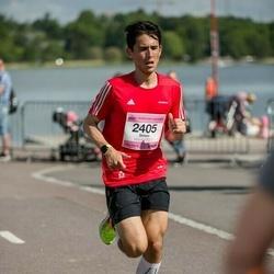 Helsinki Half Marathon - Simon Pedersen (2405)