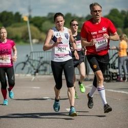 Helsinki Half Marathon - Olli-Pekka Laitinen (1684), Alison Bryant-Smith (2014)