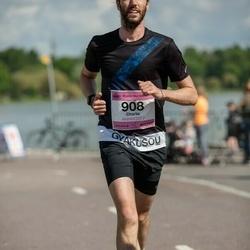 Helsinki Half Marathon - Charlie Fordham (908)