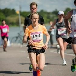 Helsinki Half Marathon - Outi Poikonen (2108)