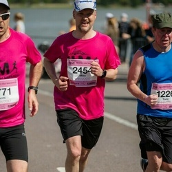 Helsinki Half Marathon - Miko Pietila (2454)
