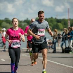 Helsinki Half Marathon - Outi Patrikainen (2394), Riku Korpinen (3453)
