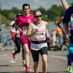 Helsinki Half Marathon - Arja Härmä (1238)