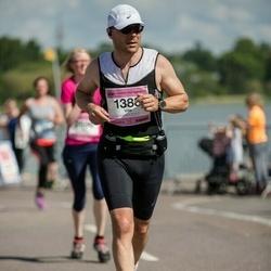 Helsinki Half Marathon - Ville Karhu (1388)