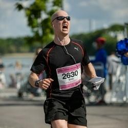 Helsinki Half Marathon - Erno Vähärautio (2630)