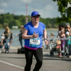 Helsinki Half Marathon - Elina Martikainen (335)
