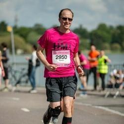 Helsinki Half Marathon - Tommi Tarkiainen (2950)