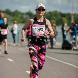 Helsinki Half Marathon - Nina Kujanpää (1592)