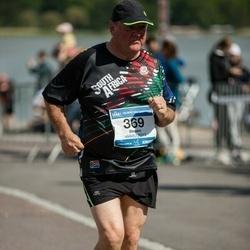 Helsinki Half Marathon - Steven Robinson (369)