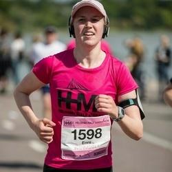 Helsinki Half Marathon - Enni Kukkasniemi (1598)