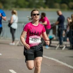 Helsinki Half Marathon - Emmi Pankko (2381)