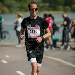 Helsinki Half Marathon - Niklas Tallqvist (2136)