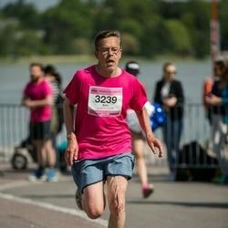 Helsinki Half Marathon - Kim Yrjälä (3239)