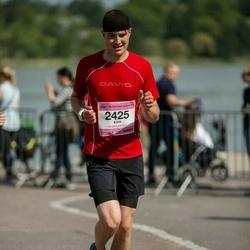 Helsinki Half Marathon - Eero Peltoniemi (2425)