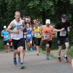 Helsinki Half Marathon - Ville Hakola (234), Pekka Kanerva (503), Ivo Särak (1463)