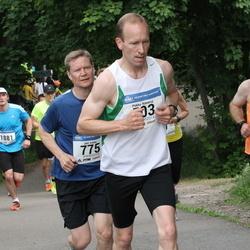 Helsinki Half Marathon - Pekka Kanerva (503), Jari Leino (775), Ivo Särak (1463)
