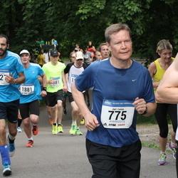 Helsinki Half Marathon - Jari Leino (775), Luca Trotta (1527)