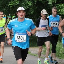 Helsinki Half Marathon - Altti Lindroos (804), Heikki Paasonen (1054), Maunu Anhava (1881)