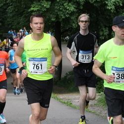 Helsinki Half Marathon - Lauri Hiekkanen (313), Tapio Leveelahti (791), Sampsa Sipilä (1381)