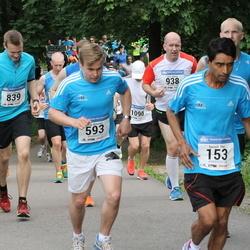 Helsinki Half Marathon - Suvash Dey (153), Erno Koivisto (593), Lassi Lötjönen (839)