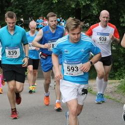 Helsinki Half Marathon - Erno Koivisto (593), Lassi Lötjönen (839)