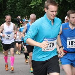 Helsinki Half Marathon - Timo Alatalkkari (52), Antti Paavola (1835)