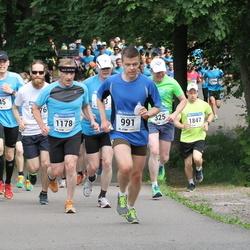 Helsinki Half Marathon - Kimmo Akkanen (45), Janne Nuopponen (991), Juha Pölönen (1178)