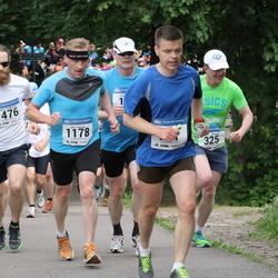 Helsinki Half Marathon - Janne Nuopponen (991), Juha Pölönen (1178), Markus Talikainen (1476)
