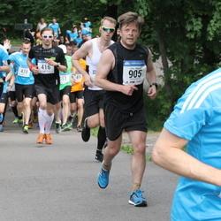 Helsinki Half Marathon - Juha Mikkilä (905)