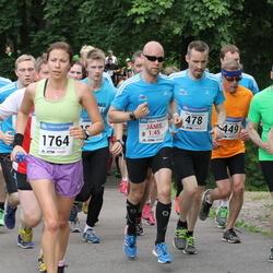 Helsinki Half Marathon - Hanna Jumisko (449), Timo Jääskeläinen (478), Varpu Hyvärinen (1764)